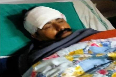 rogue shot at patrolling hemguard jawans police caught three one absconding