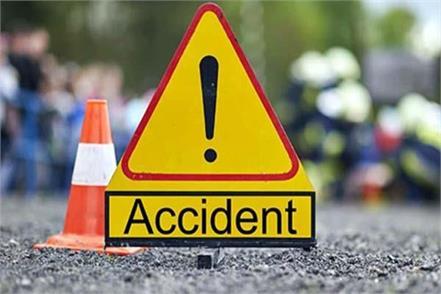 tata sumo car fall into ditch 3 injured
