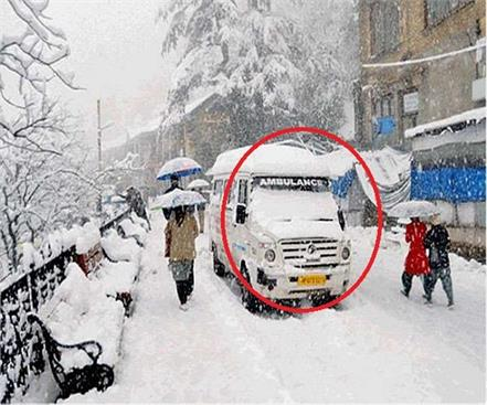deadbody in the ambulance between the snow
