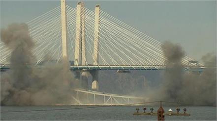 64 years old tappan zee bridge plunges into the hudson river