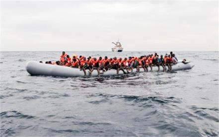 117 missing from sunken boat off libya
