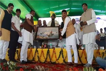 mp dushyant chautala bjp s watchman campaign turns counter on