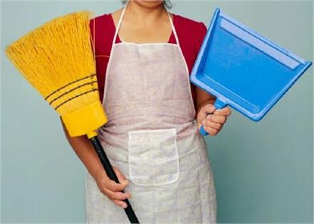 7 vastu tips for keeping the broom
