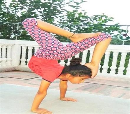 11 year old yoga girl