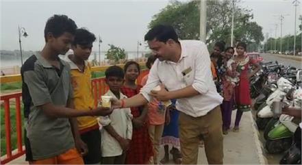 bhole baba s unique devotee
