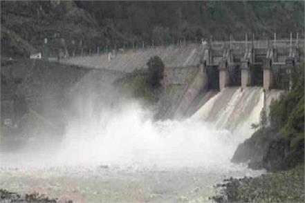 open all flood gates of pandoh dam