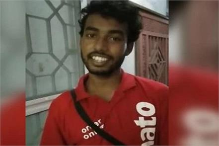this delivery boy of zomato got millions of fans