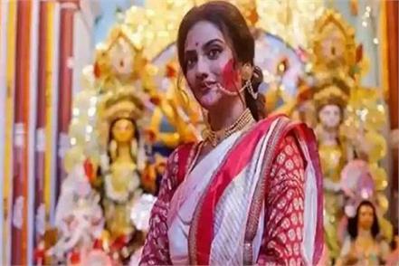 nusrat jahan celebrated durga ashtami by dancing and singing