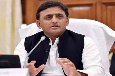 government gave posting gift of  alok  to win kannauj lok sabha seat akhilesh