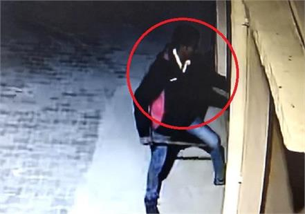survived theft at home due to cctv