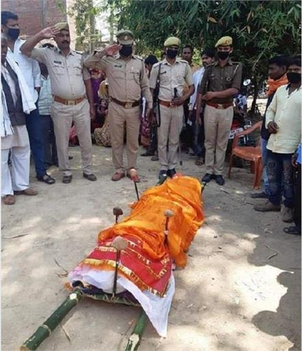 salute sandeep valmiki martyred by taking medicines to protect from corona