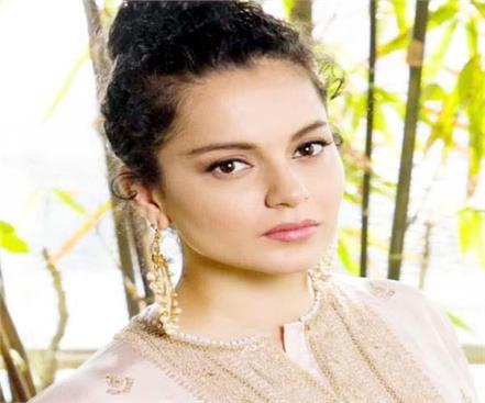 bollywood queen kangana ranaut reached manali