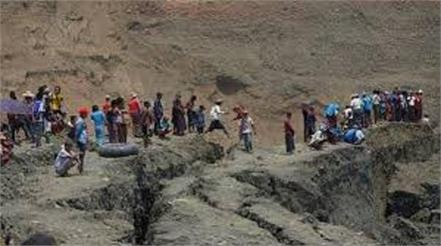 50 dead in landslide at myanmar jade mine many missing