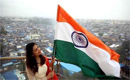 send these 10 best shayari to your loved ones on independence day