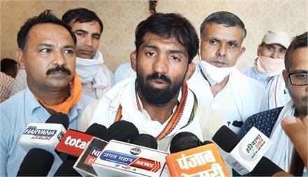 wrestler yogeshwar dutt shrugged off the opposition