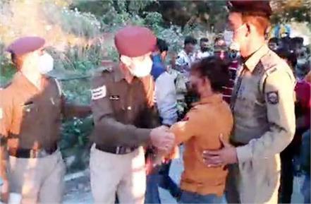 fight between 2 groups in shimla