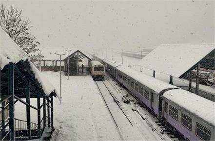 kashmir valley trains restart