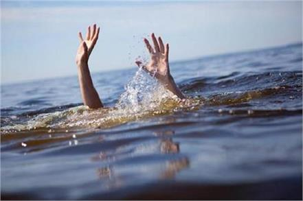 5 sisters  only brother died due to drowning in sutlej