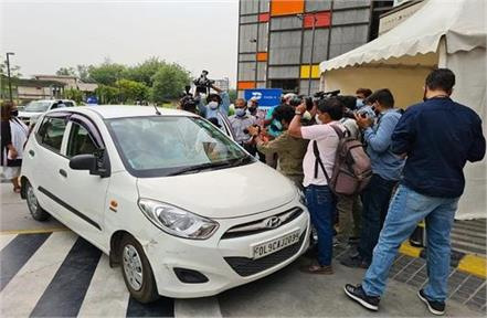 noida drive thru vaccination starts from today
