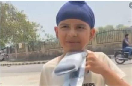 ludhiana socks seller boy