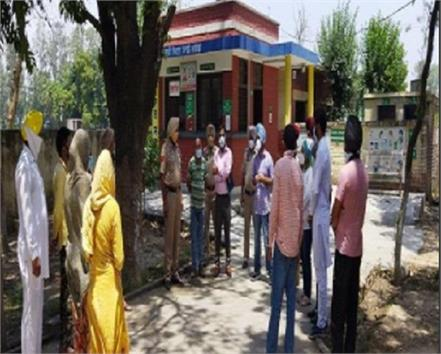 people took a big decision in this village of punjab deaths due to corona
