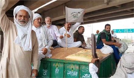 once again convoy of farmers left for delhi border