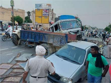 1 police worker killed 2 seriously injured in a terrible road accident