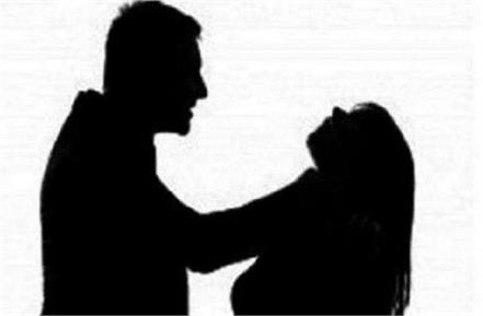 husband killed his wife by strangulation accused arrested