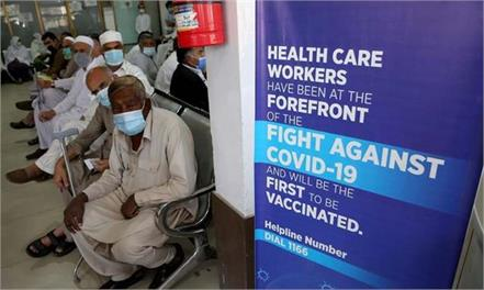 covid vaccine shortage forces vaccination centres to shut down in sindh