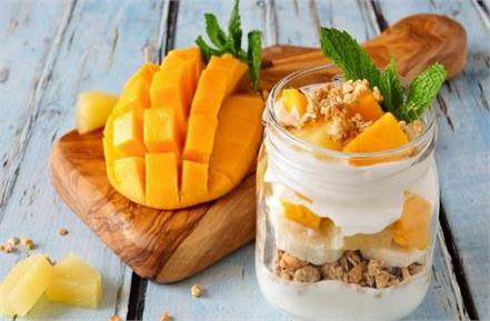 summer special crunchy mango parfait