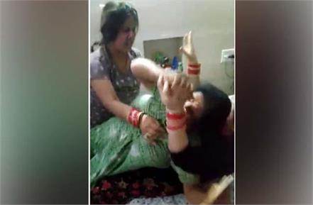 two newly married clashed video viral on social media