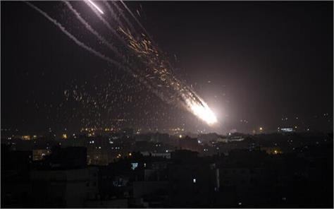 hamas fires more than 2 500 rockets so far