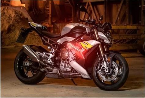 bmw launches s 1000 r motorcycle