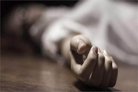 a young man from village hathan committed suicide