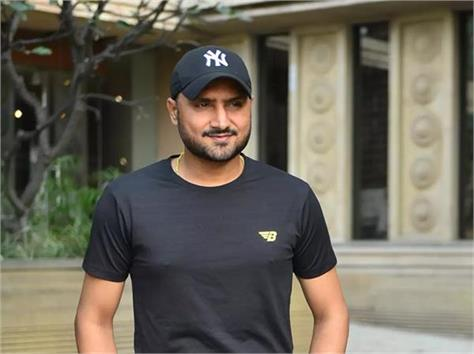 harbhajan singh wanted to leave cricket and become a truck driver