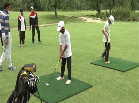 organizes first golf training camp for govt school boys in kashmir