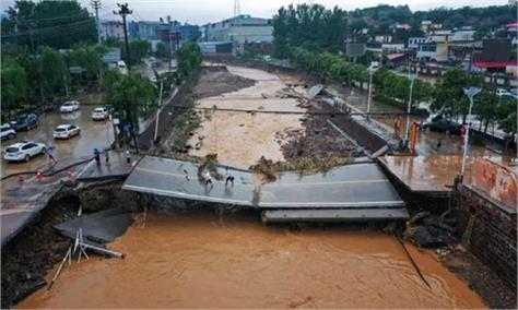 heavy rain and flood in china videos