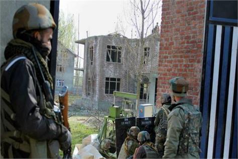 3 terrorists piled up in kulgam encounter