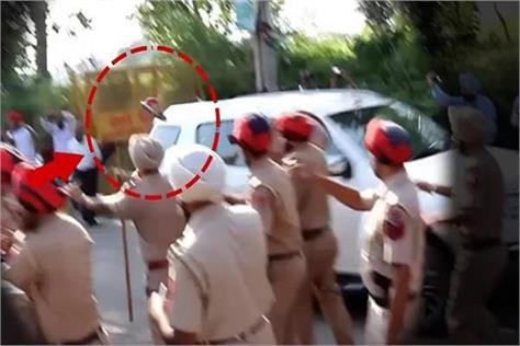 sukhbir badal attack arrest people