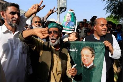 pak by election imran s party shocks improvements in pml n