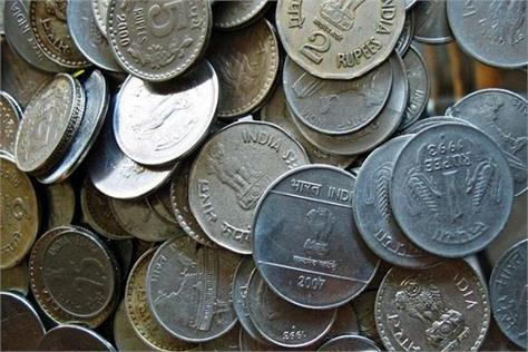 become a headache for ordinary people and banks1 2 5 and 10 rupees coins