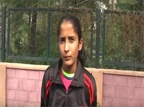 shivali of hamirpur won gold at 19 athletics competition