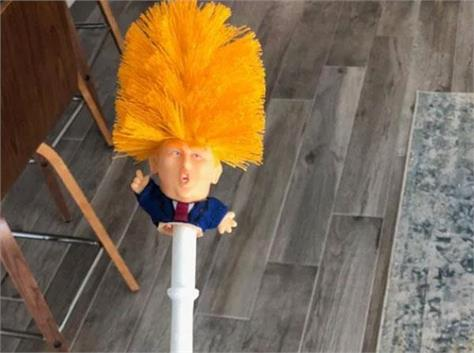 donald trump toilet brushes come in the market