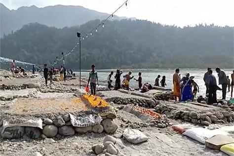chhath festival celebrated in rishikesh ganga ghats