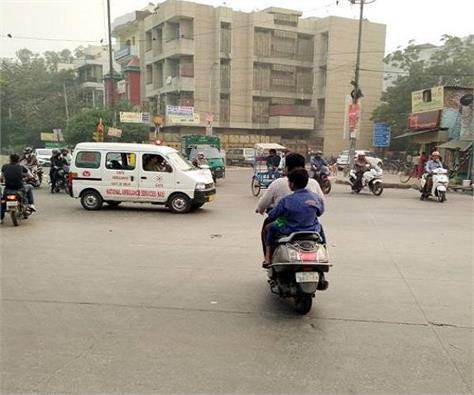 no violation of traffic rules 900 people driving license suspended