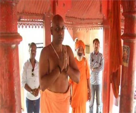first time all india akhara parishad mahamandaleshwar created dalit monk