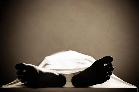 postmortem done by police by bringing dead body from home