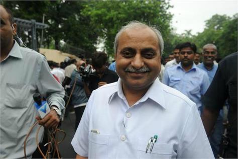 gujarat deputy cm nitin patel says i am not leaving bjp
