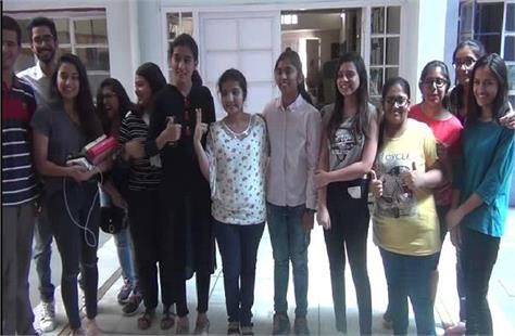 students of bhawan school of panchkula topper in tricity
