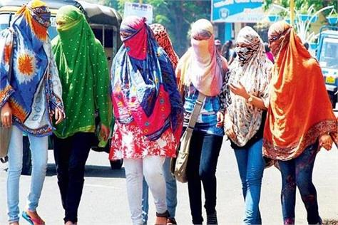 saturday in delhi the hottest mercury touched 45 degrees